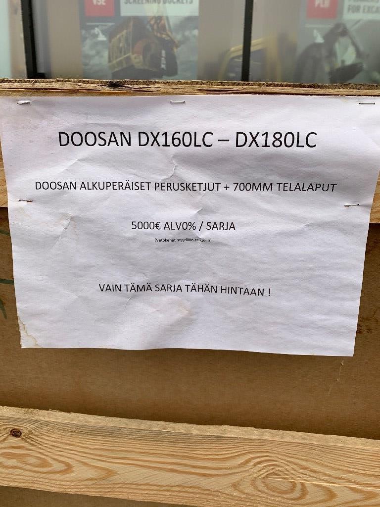 Doosan DX 160 tai 180 LC, Ketjut, telat ja alustat, Maarakennus