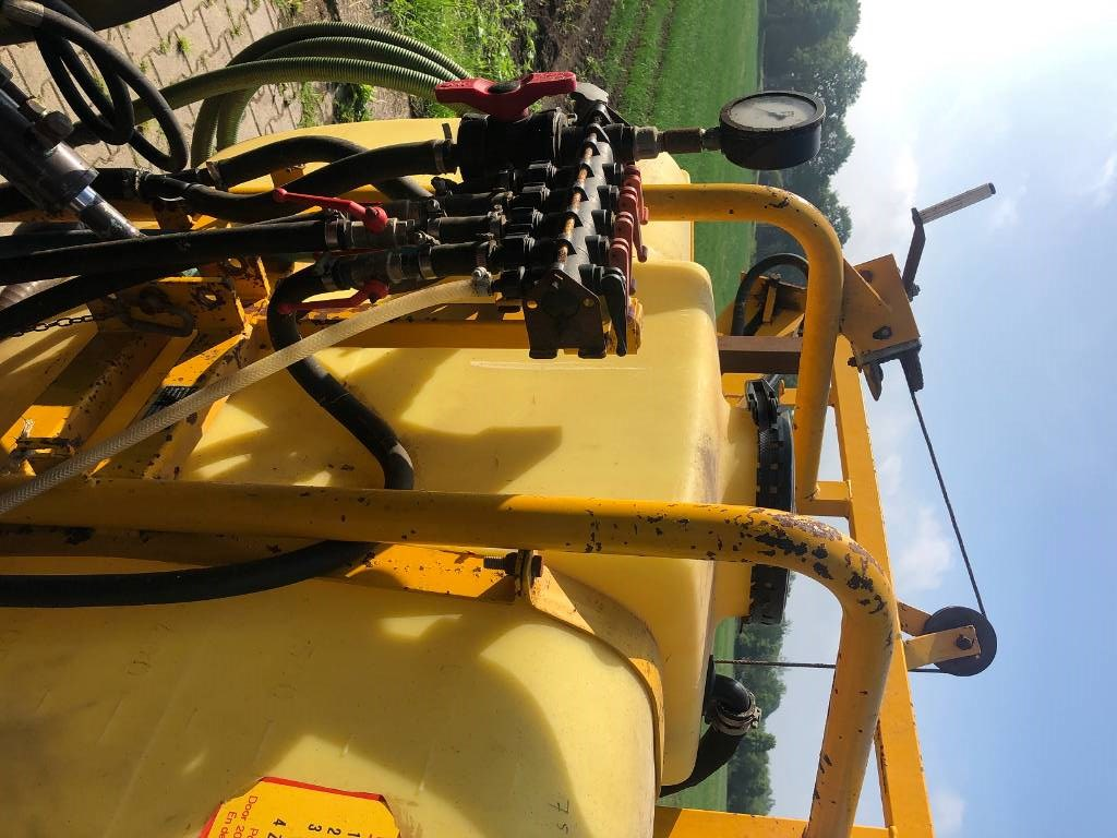 Dubex 3, Mounted sprayers, Agriculture