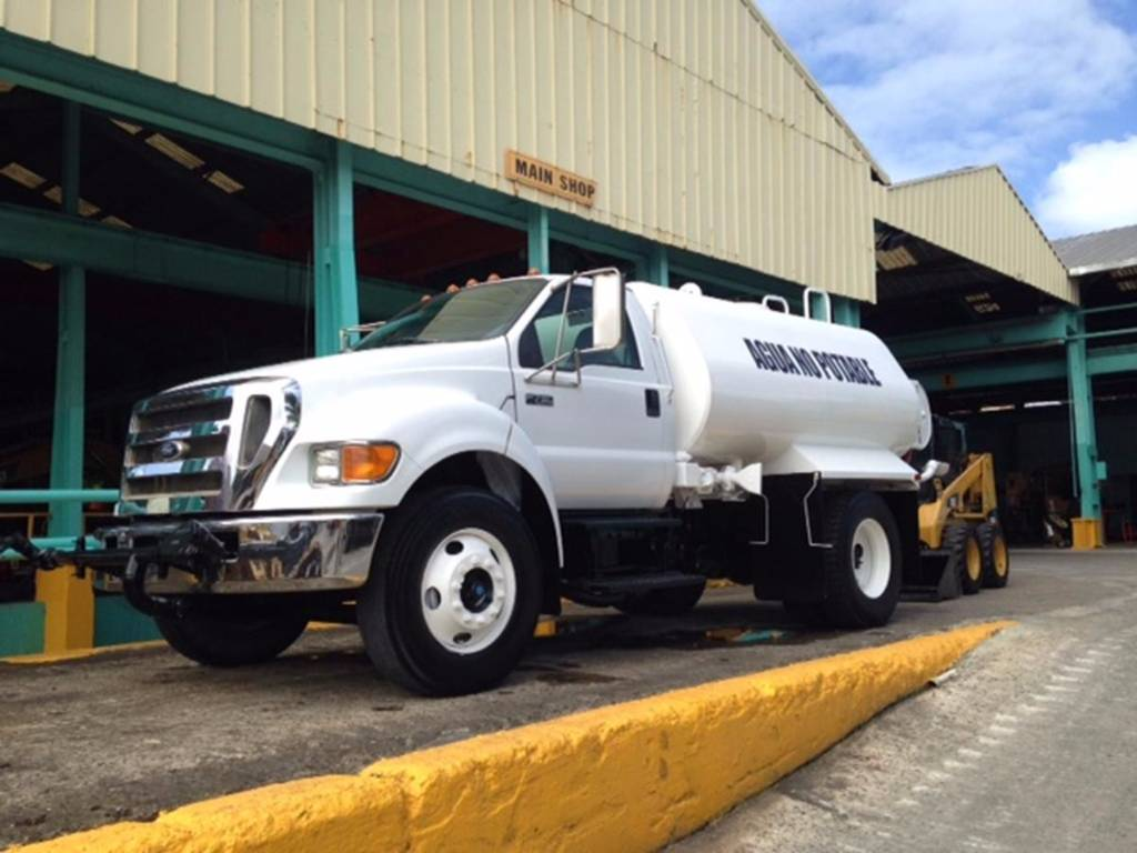 Ford F750 K200 Water Tanker TO157, Fuel Lube Trucks, Trucks and Trailers