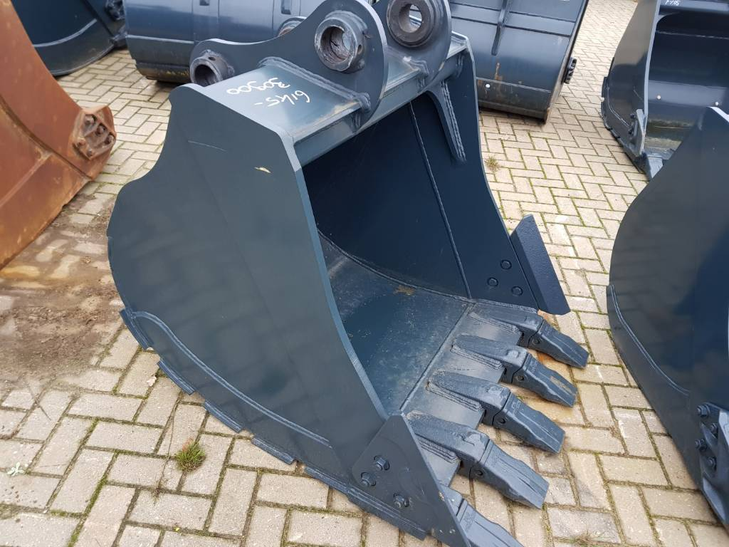 Hyundai Digging Bucket - 160 / 180 -HD, Buckets, Construction