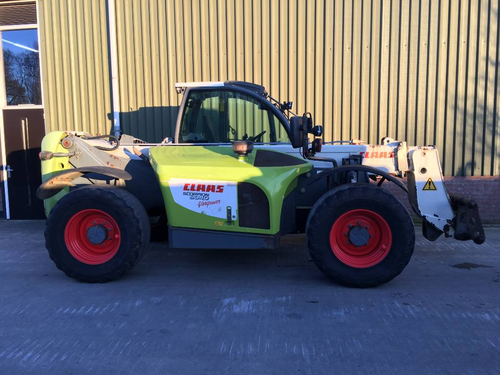 CLAAS Scorpion 9040 variopower, Verreikers, Landbouw