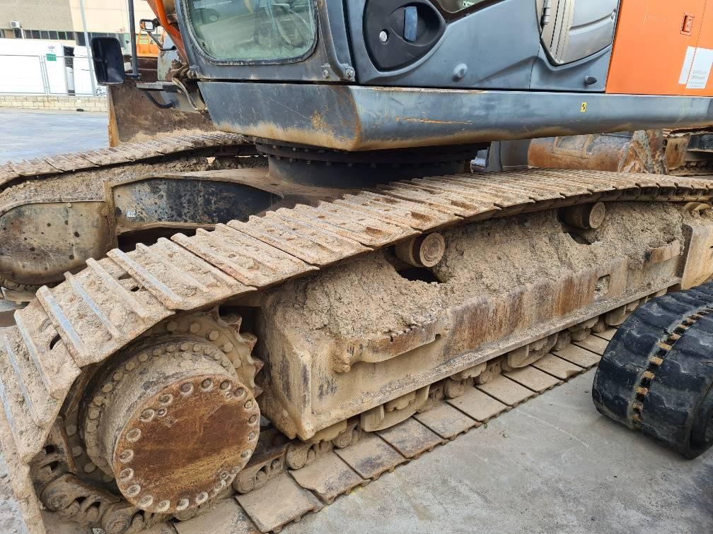 Hitachi ZX 350 H-3, Excavadoras de cadenas, Construcción