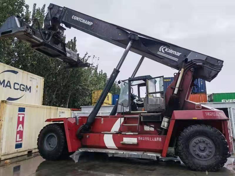 Kalmar DRD450-60S5K、正面吊、物流运输