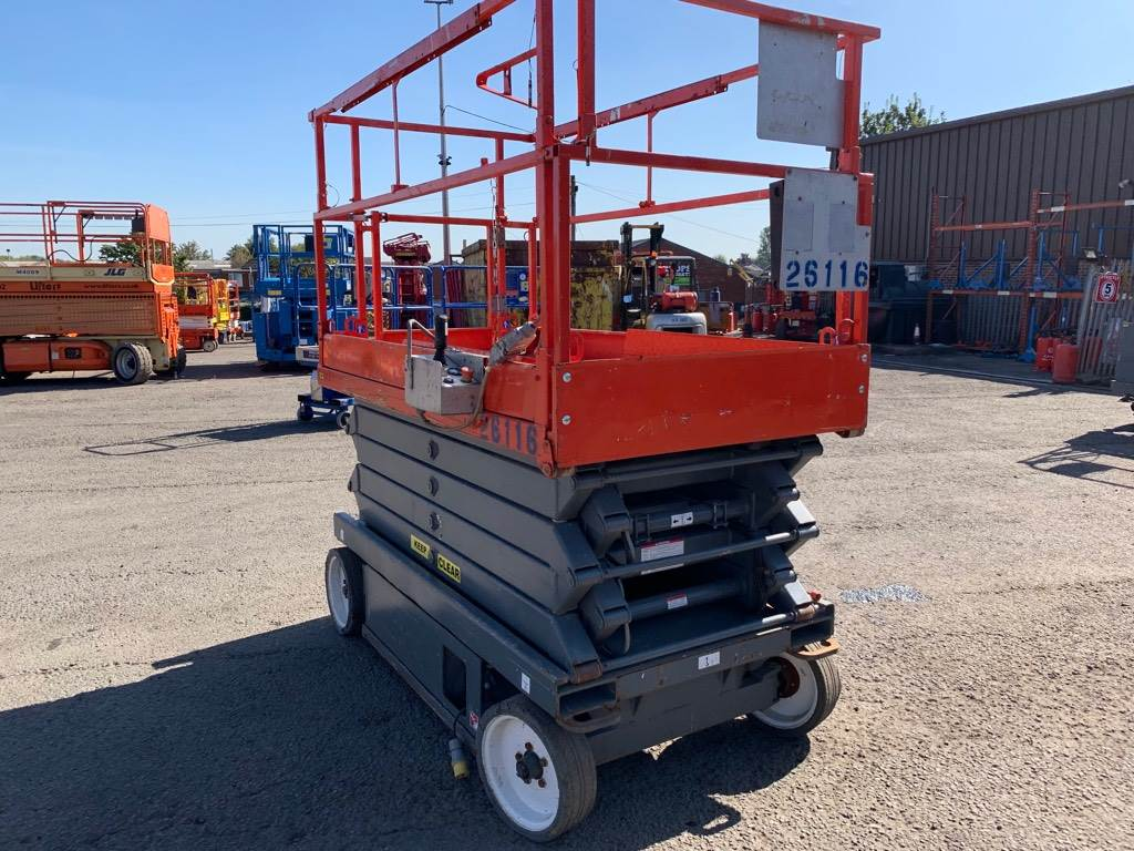SkyJack SJ3246, Scissor lifts, Construction