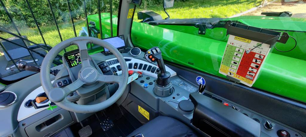 Merlo TF 33.7-115, Telehandlers for agriculture, Agriculture