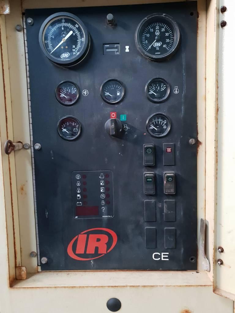 Ingersoll Rand 9/300, Compresores, Construcción