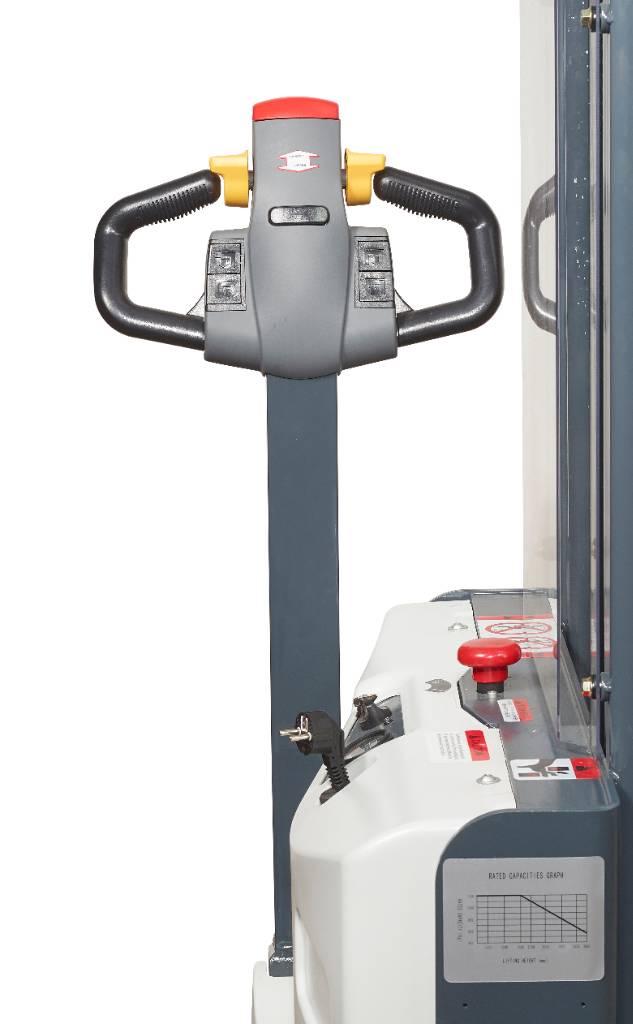 Handy PVK12-2700, Käyden ajettavat pinoamistrukit, Materiaalinkäsittely