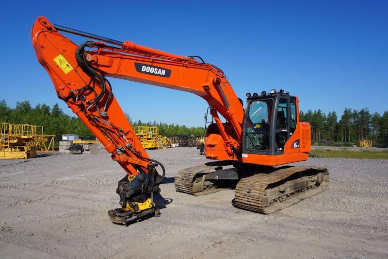 Doosan DX235LCR, Crawler Excavators, Construction Equipment