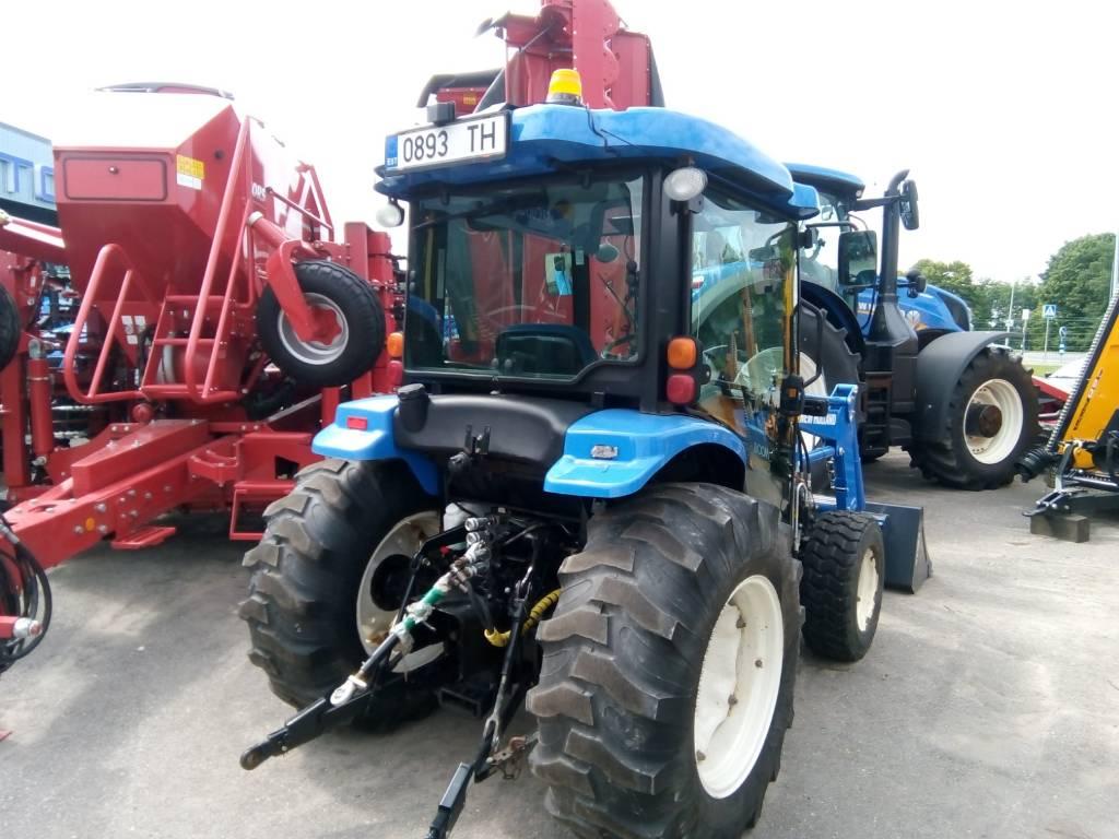 New Holland Boomer 3050CVT
