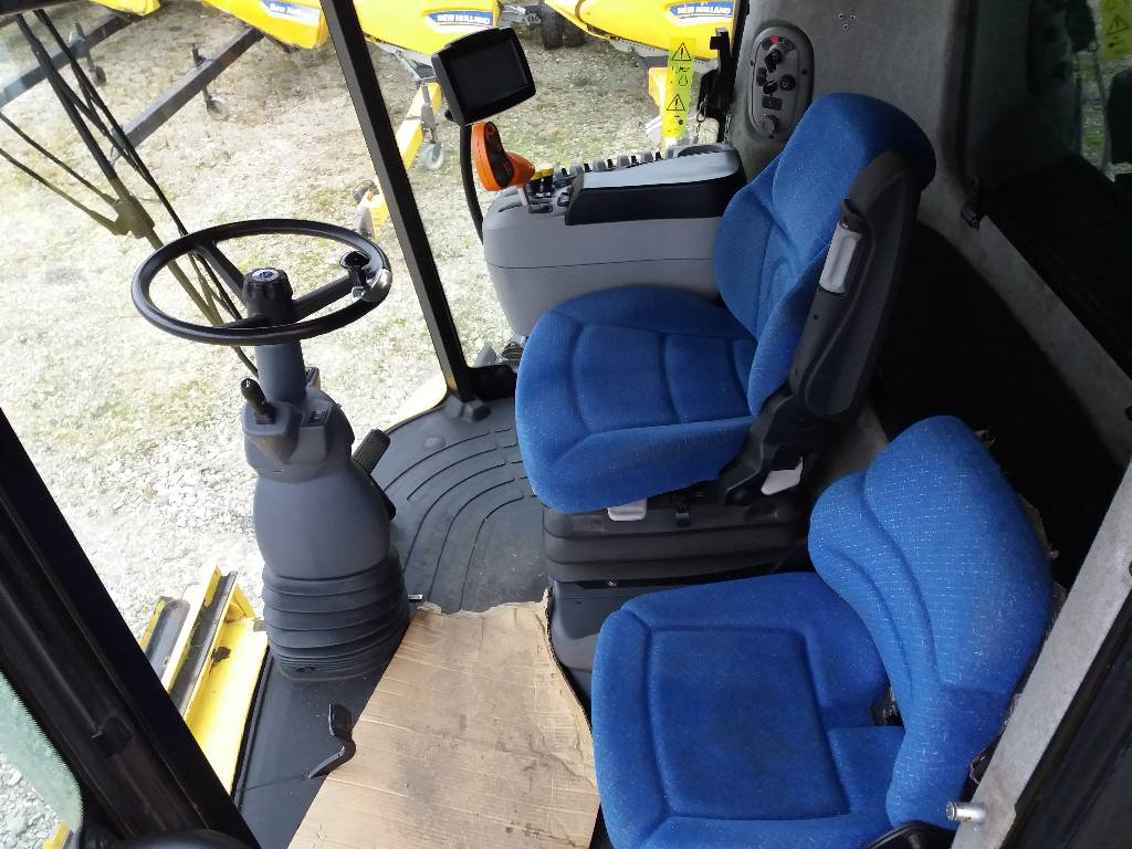 New Holland CX 8070, Combine harvesters, Agriculture