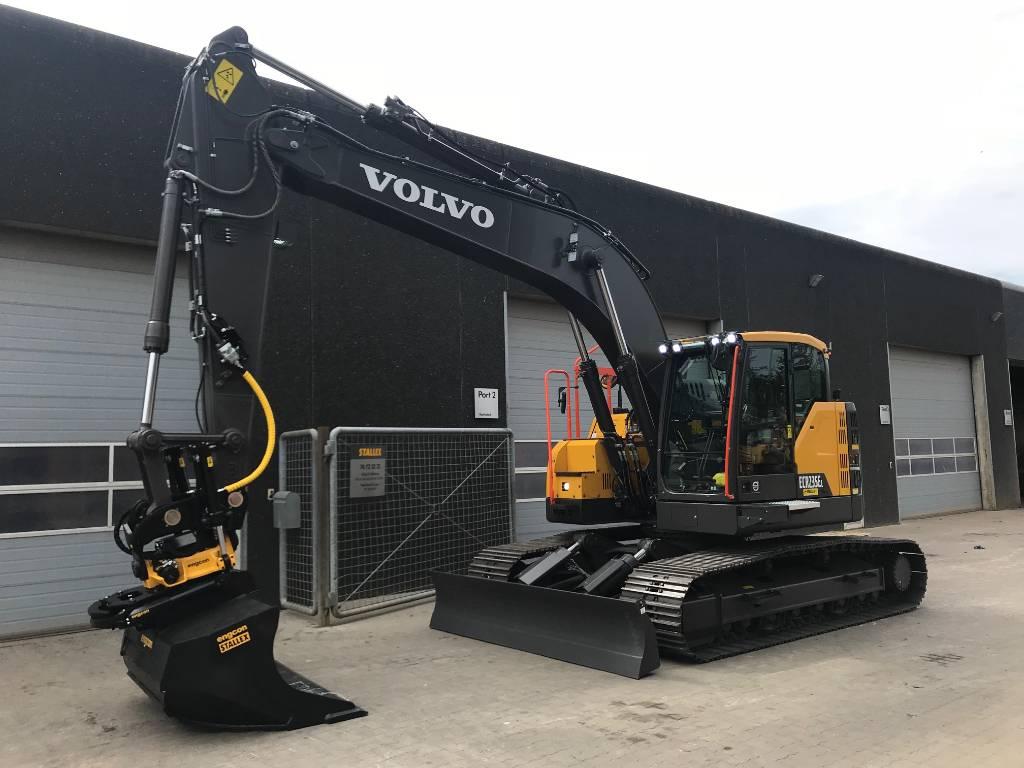 Volvo ECR235E, Gravemaskiner på larvebånd, Entreprenør