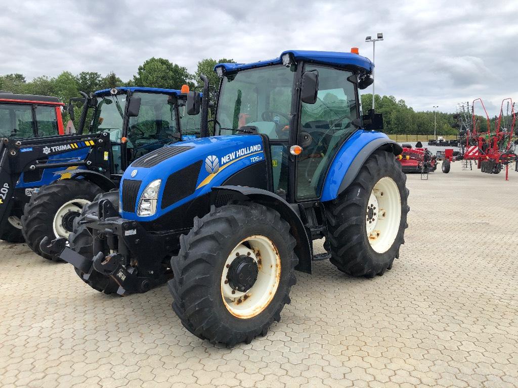 New Holland TD5.85 frontlyft, Traktorer, Lantbruk