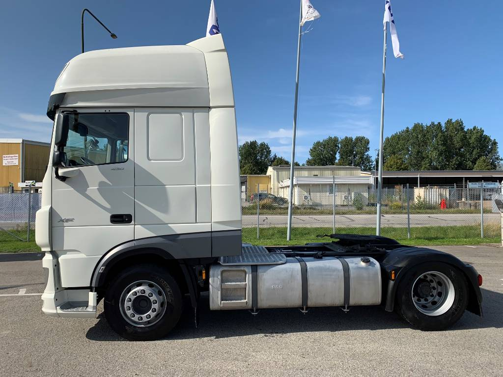 DAF XF 450 FT - Endast 6000 mil, Conventional Trucks / Tractor Trucks, Trucks and Trailers