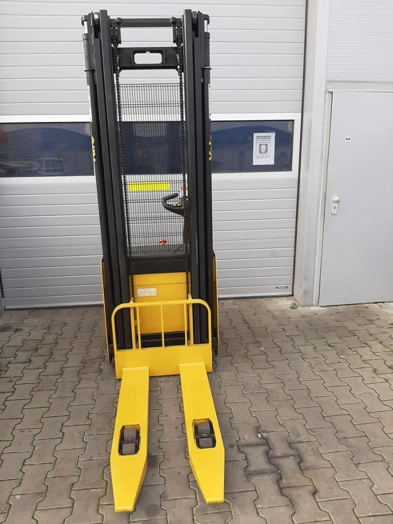 Yale MS16 AC, Pedestrian stacker, Material Handling