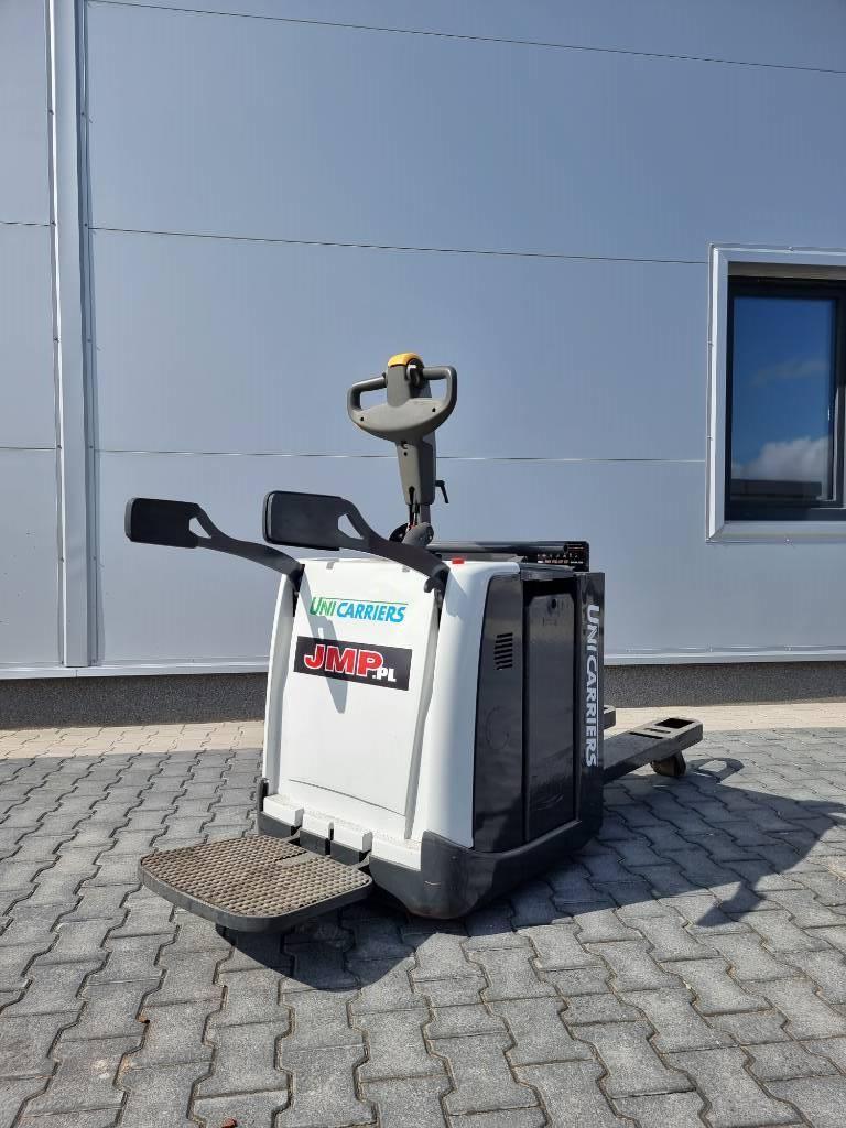 UniCarriers PMR200P, Wózki widłowe unoszące z platformą dla operatora, Magazynowanie