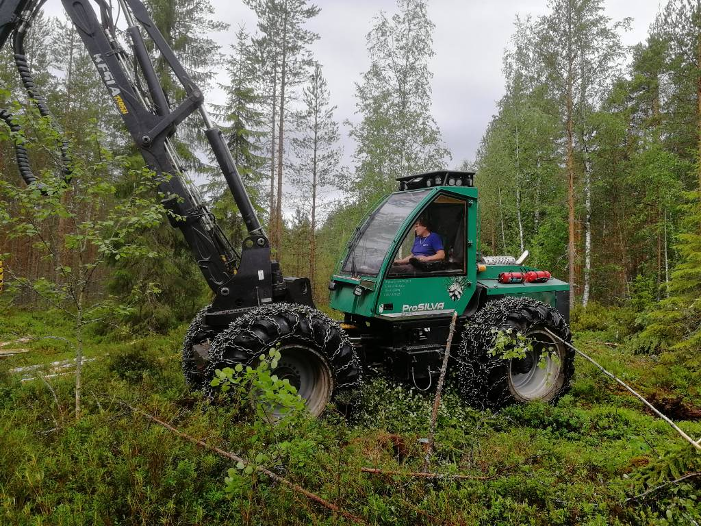 Prosilva 810, Harvesters, Forestry