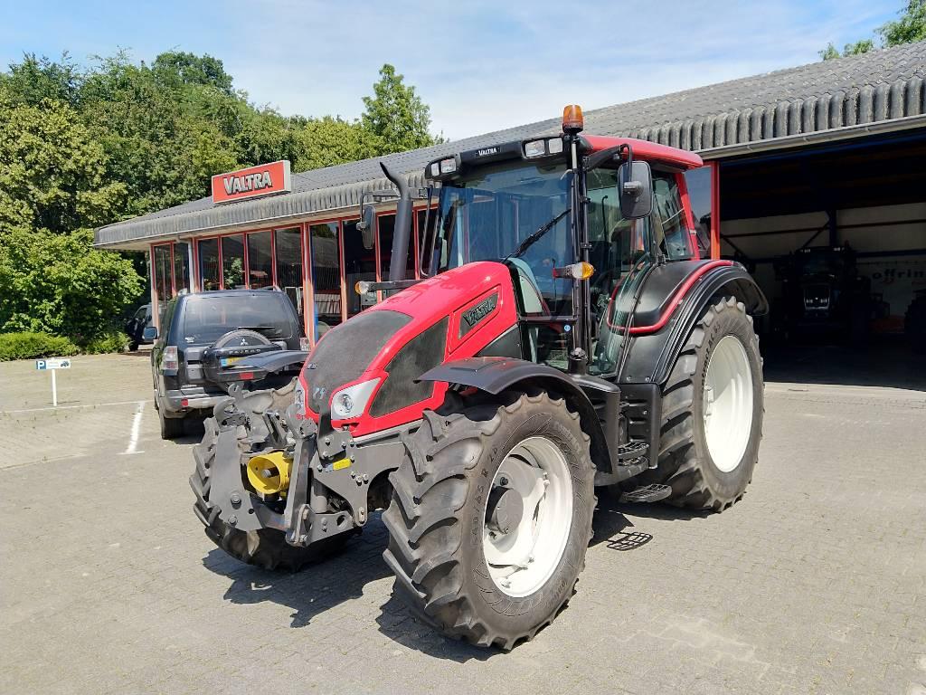 Valtra N93 HiTech 3 - 2431, Tractoren, Landbouw
