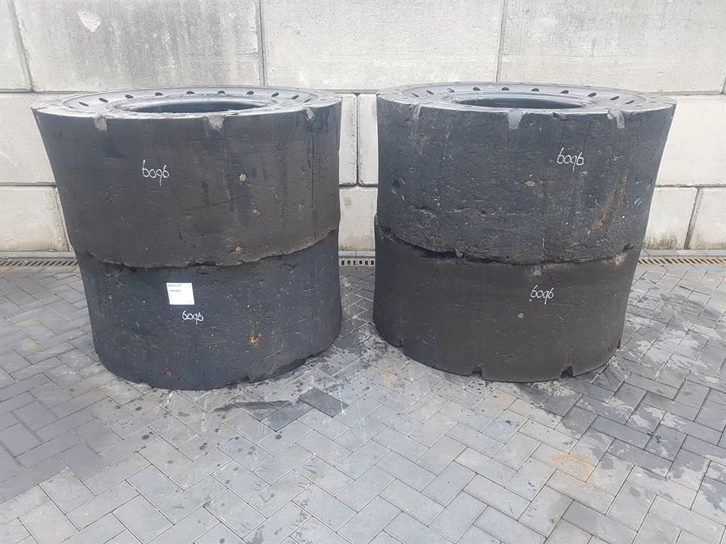 [Other] SG Revolution 23.5-25 - Tyre/Reifen/Band