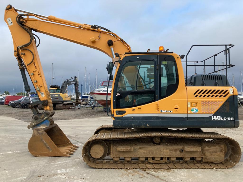 Hyundai Robex 140 LC-9 A, Crawler excavators, Construction