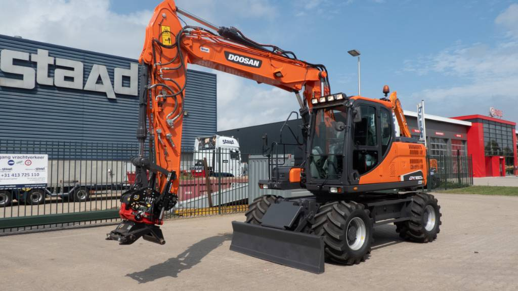 Doosan DX160W-3 Mobiele graafmachine, Wheeled Excavators, Construction Equipment
