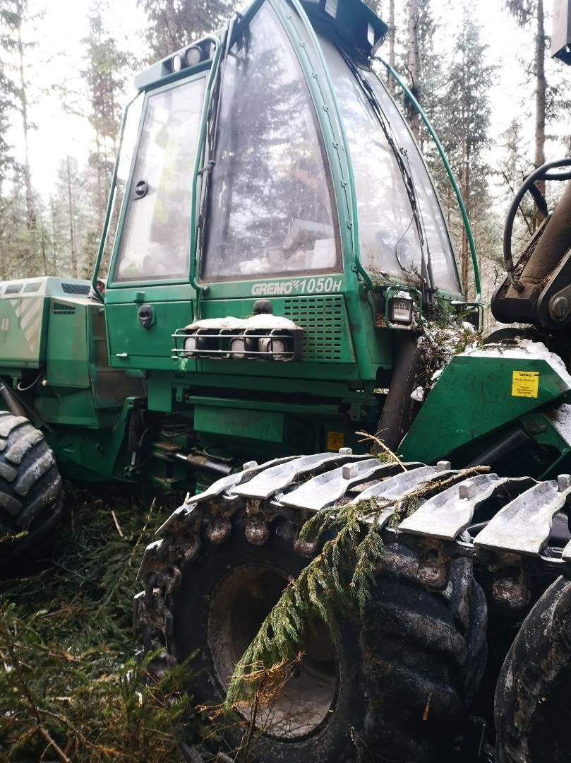 Gremo 1050H, Skördare, Skogsmaskiner