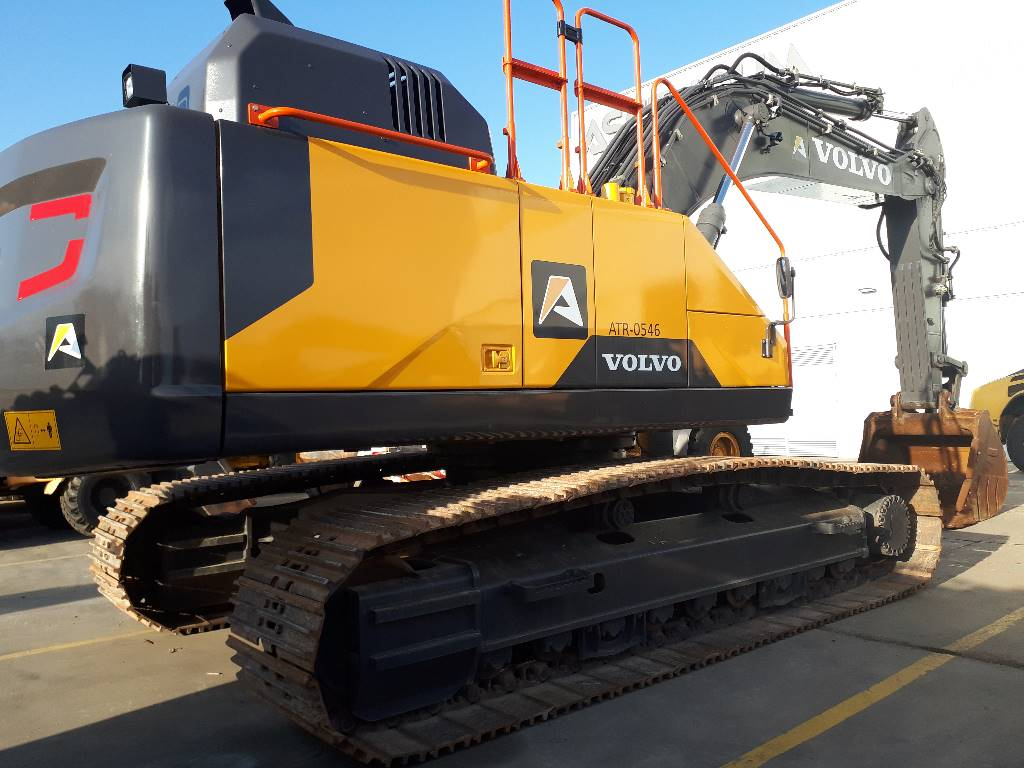 Volvo EC 380EL, Excavadoras de cadenas, Construcción