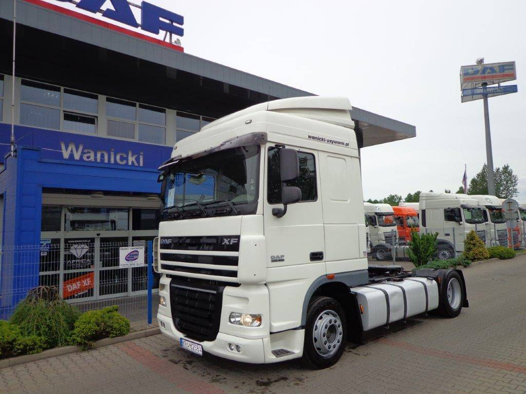 used daf xf space cab sc 2010 tractor units year. Black Bedroom Furniture Sets. Home Design Ideas