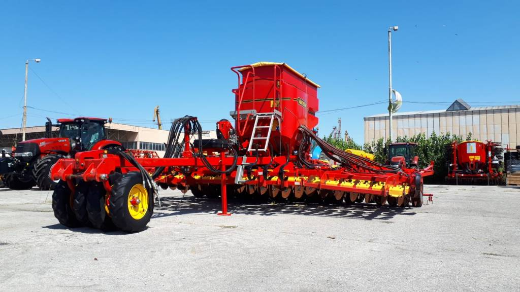Väderstad Rapid 600S, Semanatoare, Utilaje agricole
