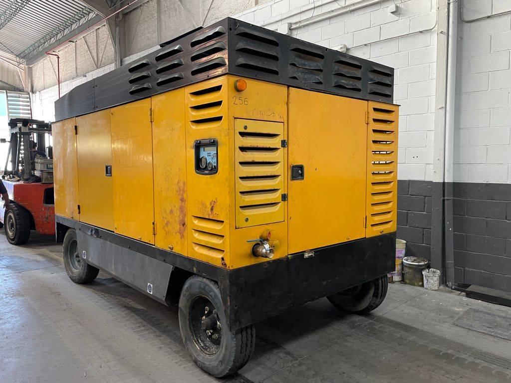 Atlas Copco XRVS 336 CD, Compresores, Construcción