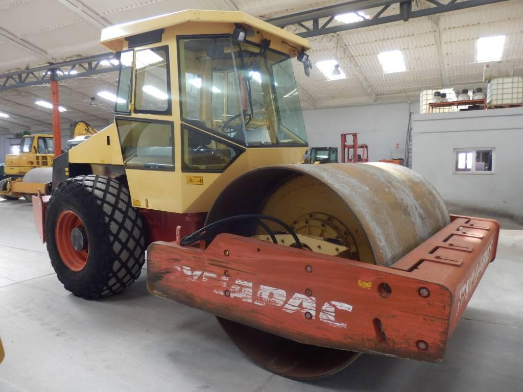 Dynapac CA 280 D, Rodillos de un solo tambor, Construcción
