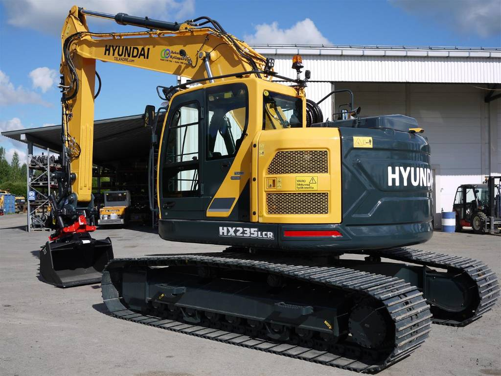 Hyundai HX 235 LCR, Telakaivukoneet, Maarakennus