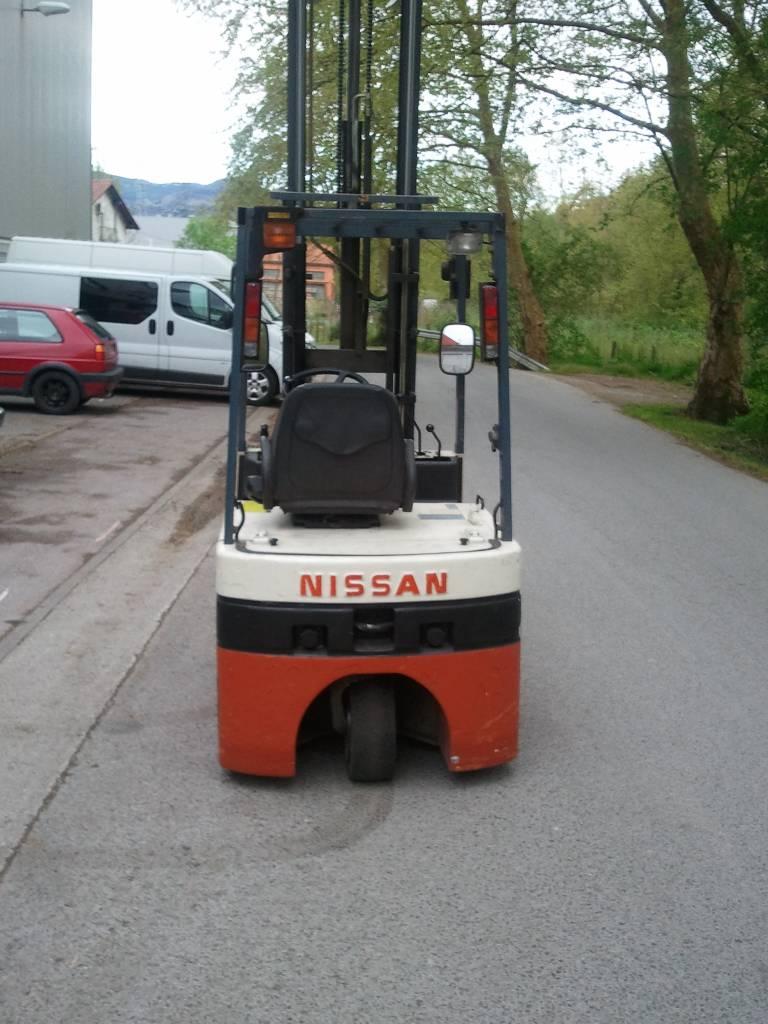 Nissan N01L15U, Carretillas eléctricas, Almacenaje