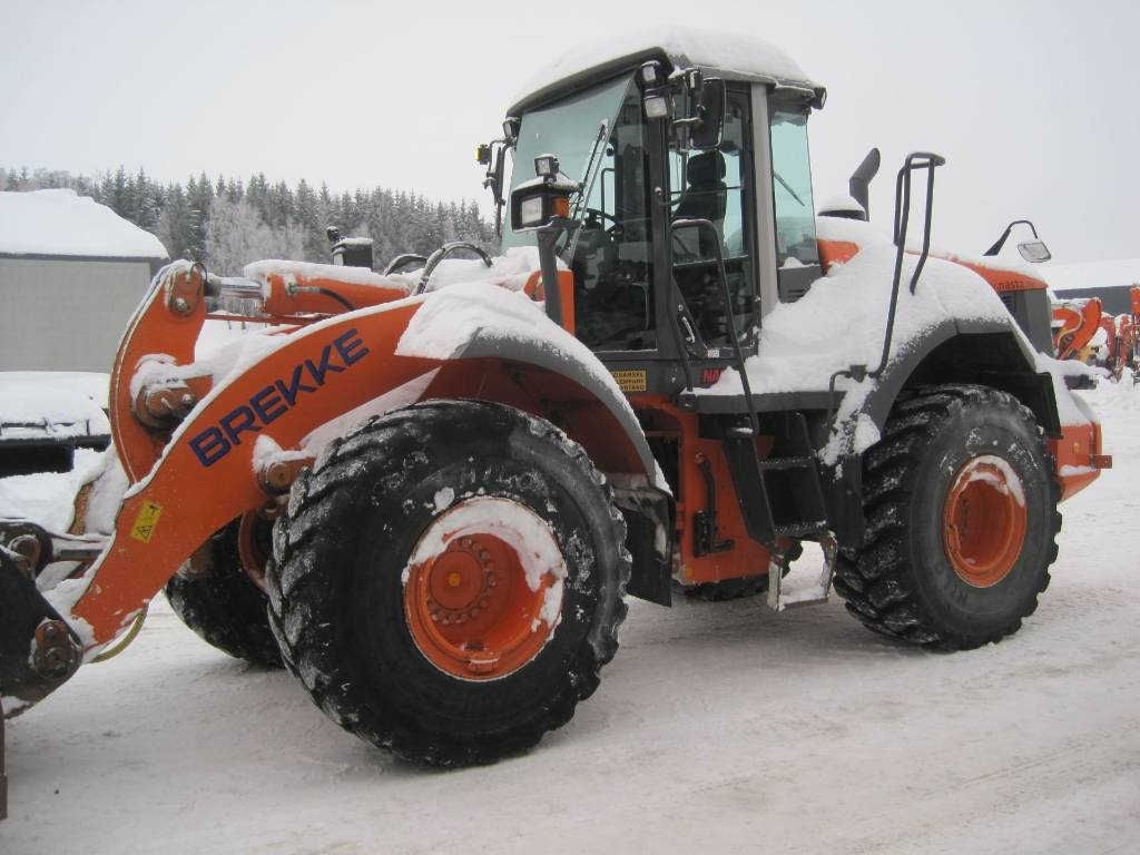 Hitachi ZW220, Wheel Loaders, Construction Equipment