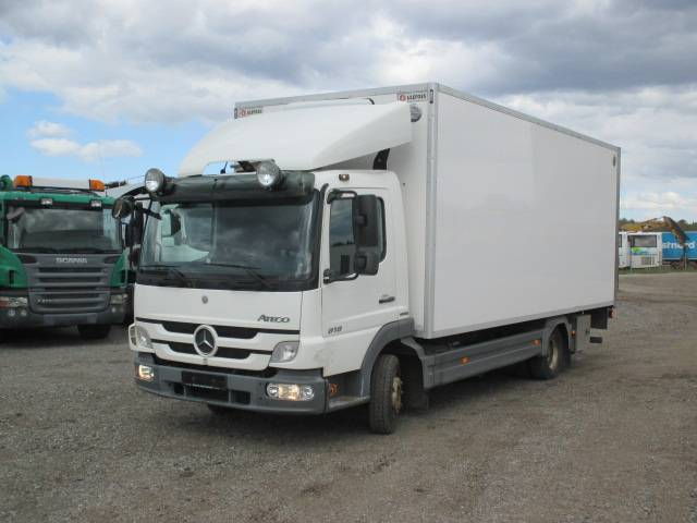Mercedes-Benz Atego 818, Furgoonautod, Transport