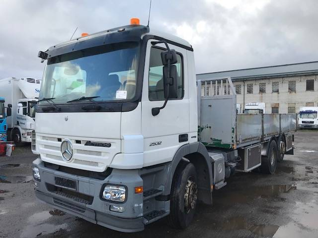 Mercedes-Benz Actros 2532, Flatbed Trucks, Trucks and Trailers