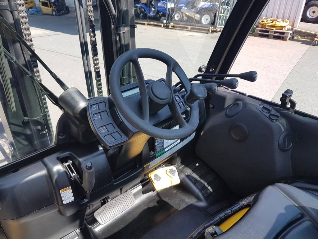 Yale GDP40VX, Diesel counterbalance Forklifts, Material Handling