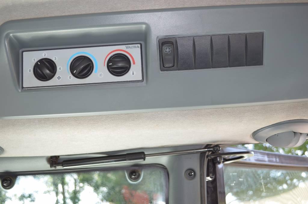 Valtra T182 Direct, Tractoren, Landbouw