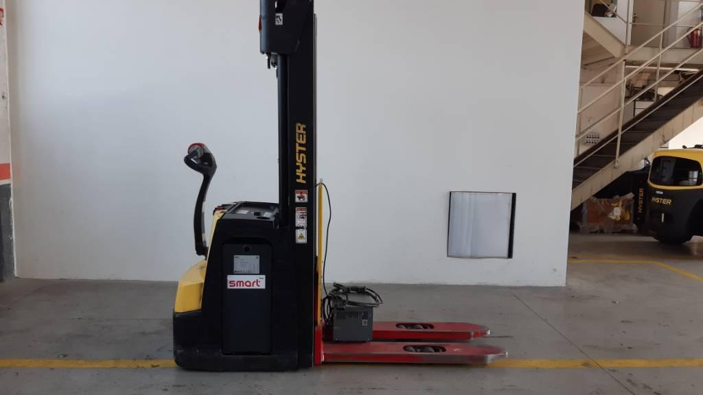 Hyster S1.6, Pedestrian stacker, Material Handling