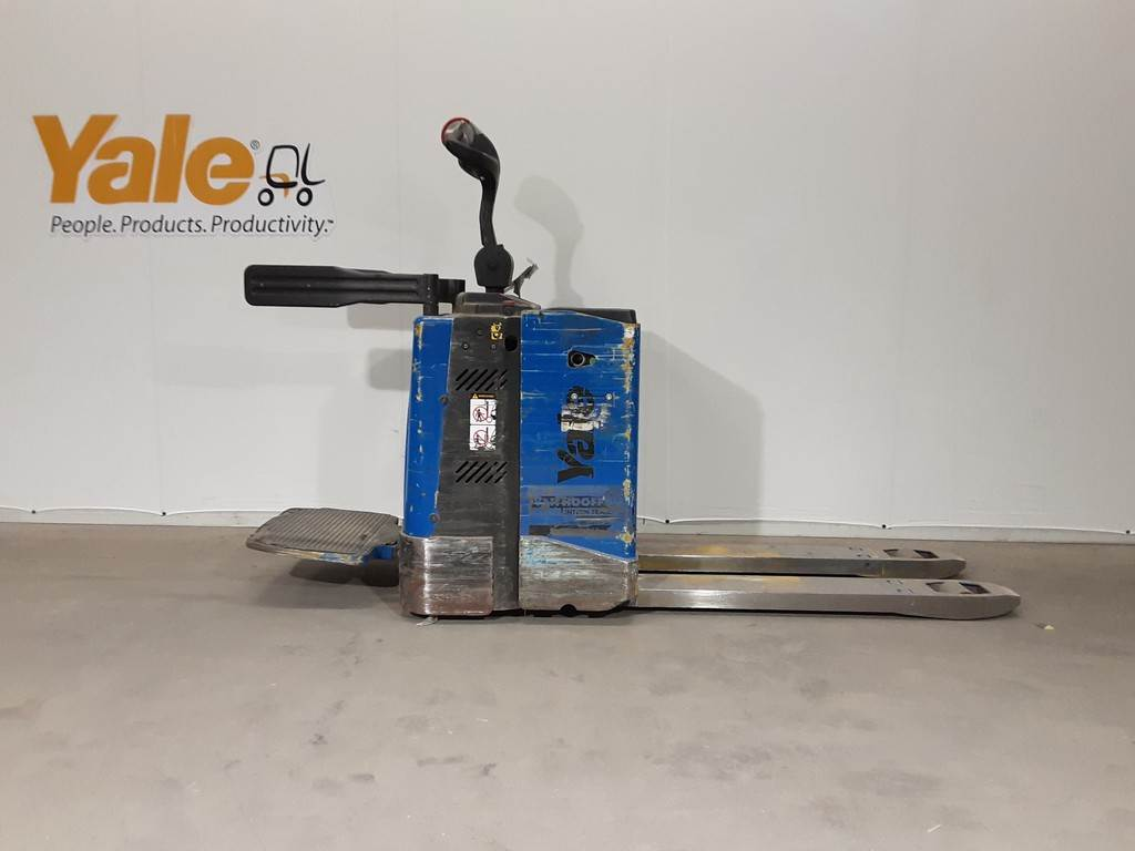 Yale MP20X, Pallettruck met meerij platform, Laden en lossen