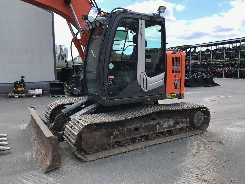 Hitachi ZX 135 US-3, Crawler Excavators, Construction Equipment