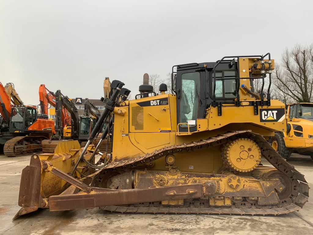 Caterpillar D 6 T LGP, Dozers, Construction