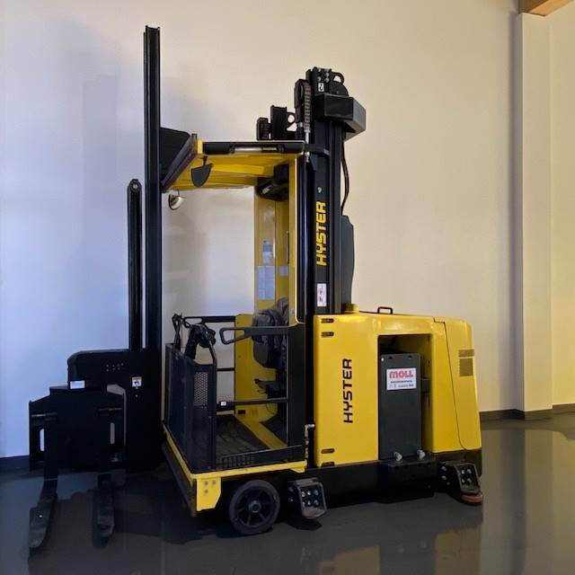 Hyster C1.0, Very Narrow Aisle Trucks, Material Handling