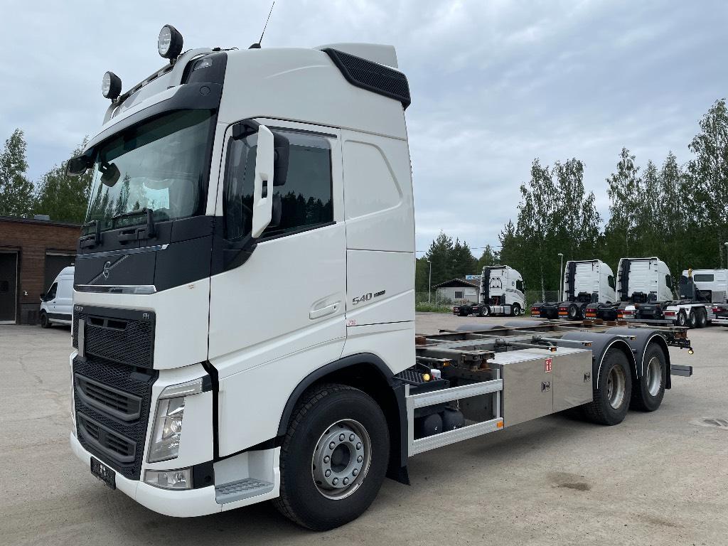 Volvo FH540XL, Kontti-/tasonostoautot, Kuljetuskalusto