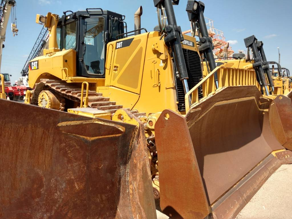 Caterpillar D8T, Dozers, Construction Equipment