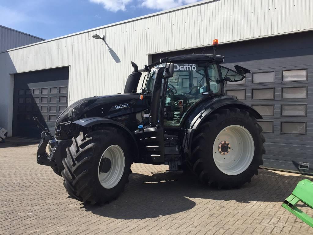 Valtra T194D, Tractoren, Landbouw