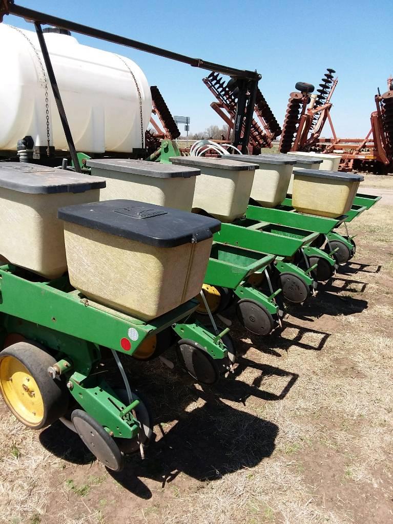 John Deere 7100, Planters, Agriculture