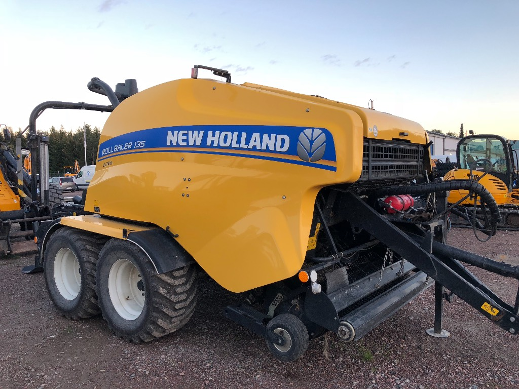 New Holland RB135 Ultra kombipress -16, Rundbalspressar, Lantbruk