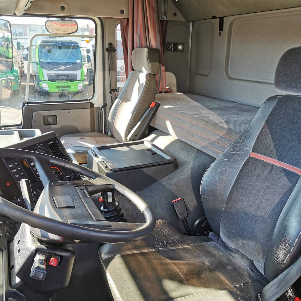 Volvo FL 10 6x2 ORIGINAL CONDITION !, Box trucks, Trucks and Trailers