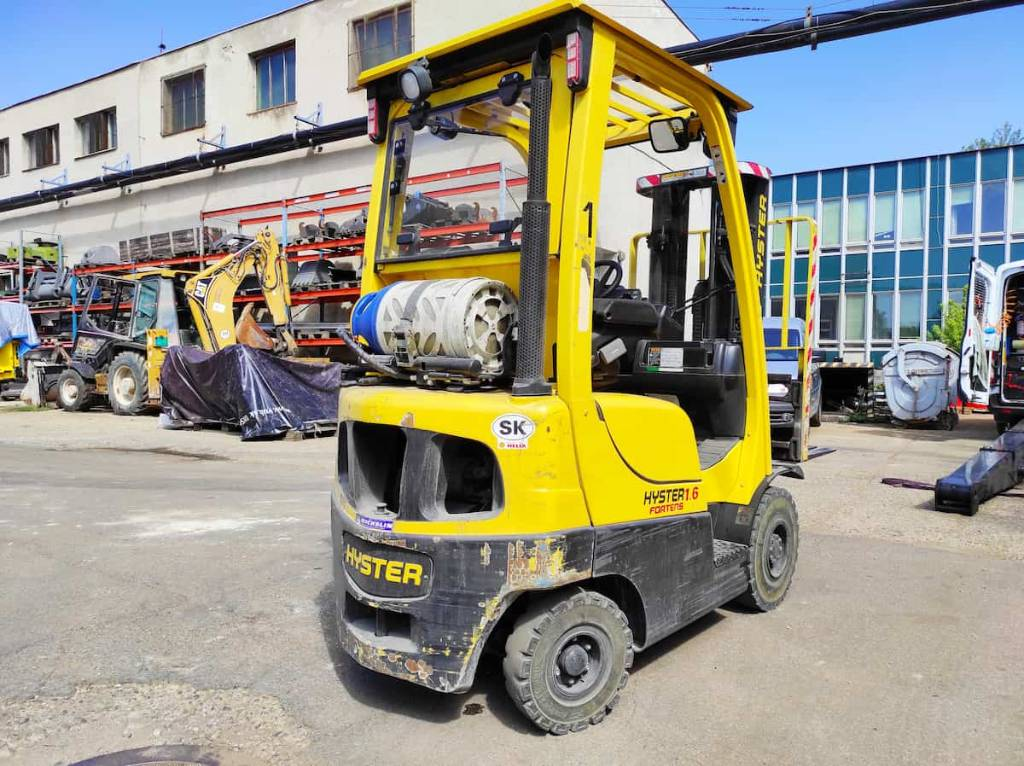 Hyster H1.6FT LPG, LPG counterbalance Forklifts, Material Handling