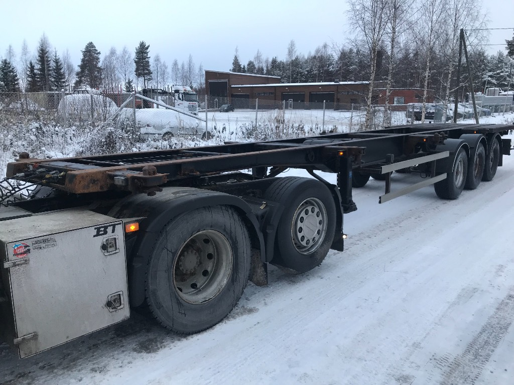 Schweriner 3 aks konttiperävaunu, Konttipuoliperävaunut, Kuljetuskalusto